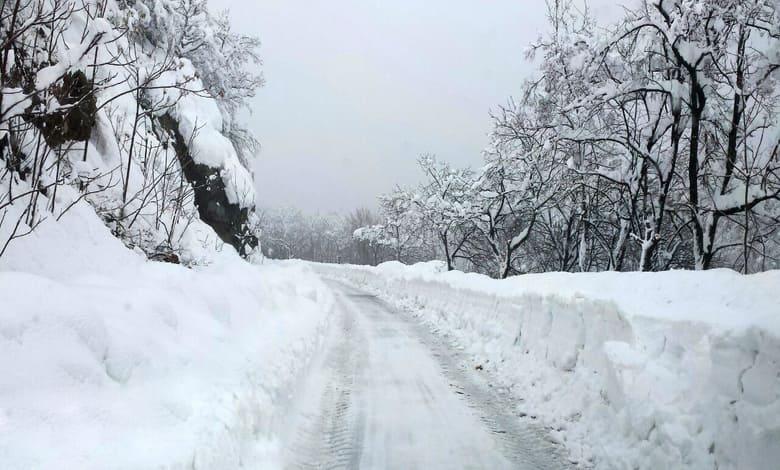 силен снеговалеж
