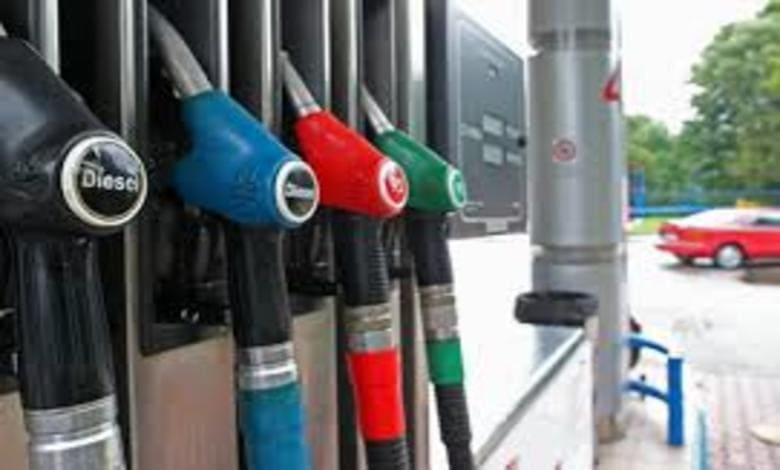 """Младежи заредиха гориво и """"забравиха"""" да платят"""
