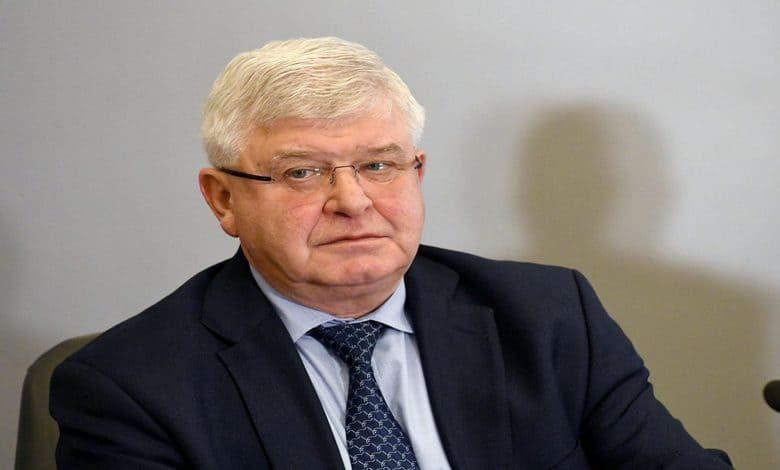 Министър Ананиев разреши и колективни спортове