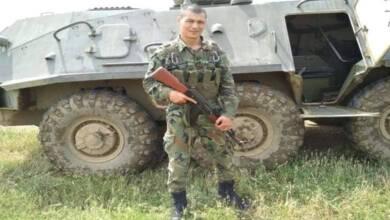 Военнослужещ от Сухопътните войски дари наградата си на болно дете
